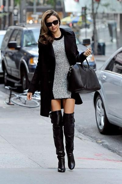 С чем носить замшевые черные ботфорты? С чем носить сапоги-ботфорты зимой?