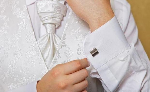 Модные советыКак подобрать запонки к рубашке и костюму картинки