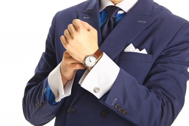 Модные советыКак подобрать запонки к рубашке и костюму рекомендации