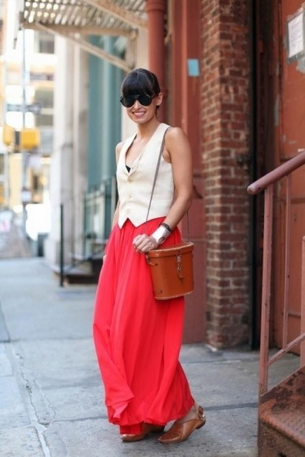 юбка в пол красная и безрукавка