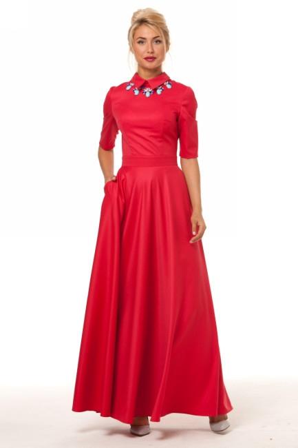 Платье в пол и колье