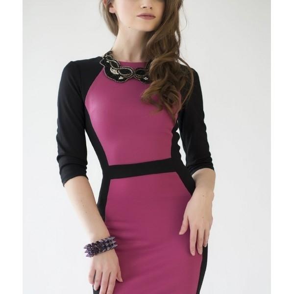 Платье футляр и украшения