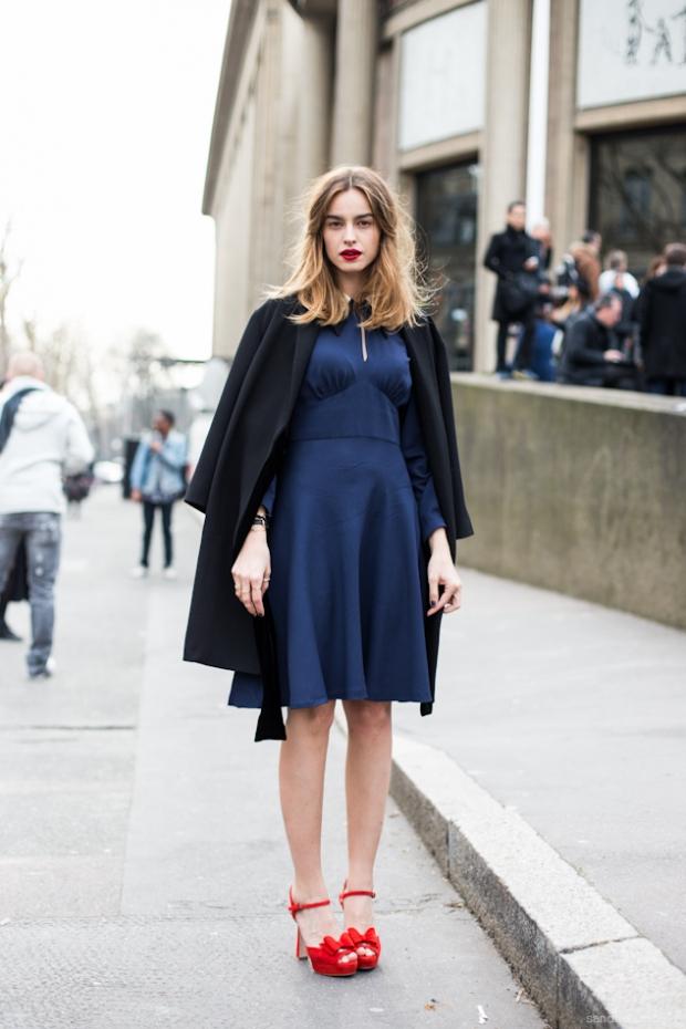 Обувь к платью весной