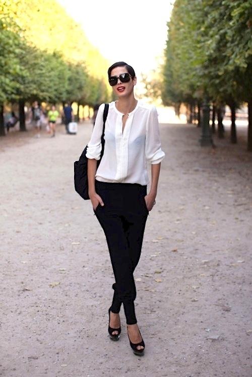 брюки и блузка