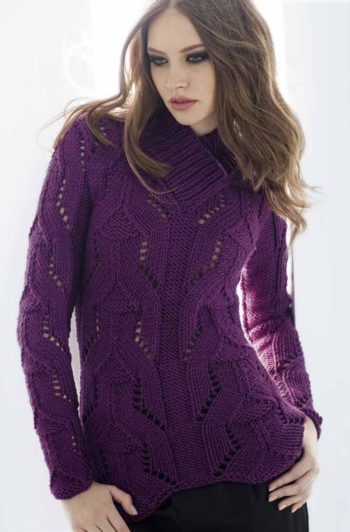 Фиолетовый свитер