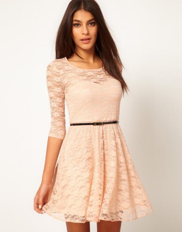 0d77b3212ae В новых коллекциях представлены как роскошные платья в пол