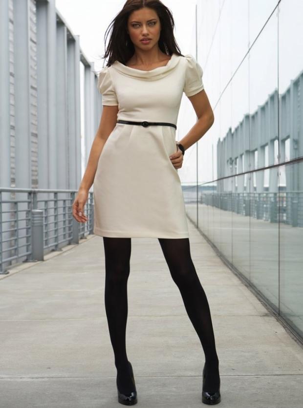 Как выбрать и с чем носить белое платье: фото   835x620