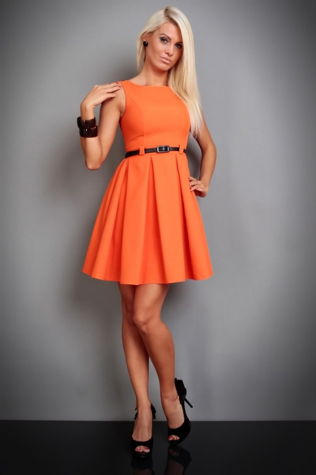 8ea46bb03a7410d Как выбрать и с чем носить оранжевое платье: фото