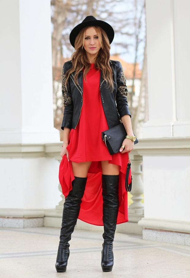 Женственность красное платье