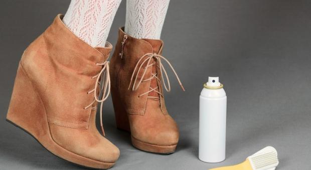 Как почистить замшу на сапогах в домашних условиях