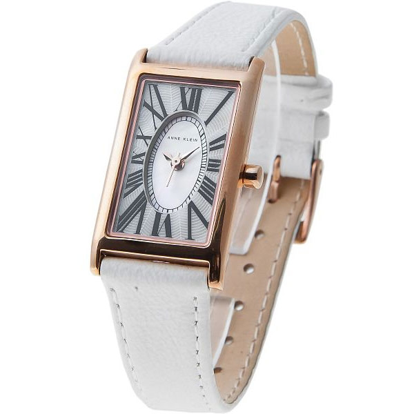 39de14ef58b2 Модные женские часы 2017  фото