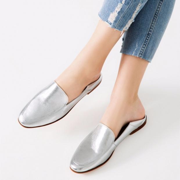a96472e89 В сезоне весна-лето 2017 модельеры решили добавить природных оттенков.  Достойной заменой прошлогоднего оттенка «нюд» теперь служат туфли  пастельных тонов: ...