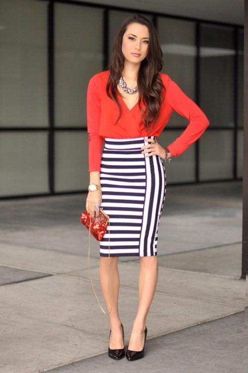 Яркая юбка из ярких полосок