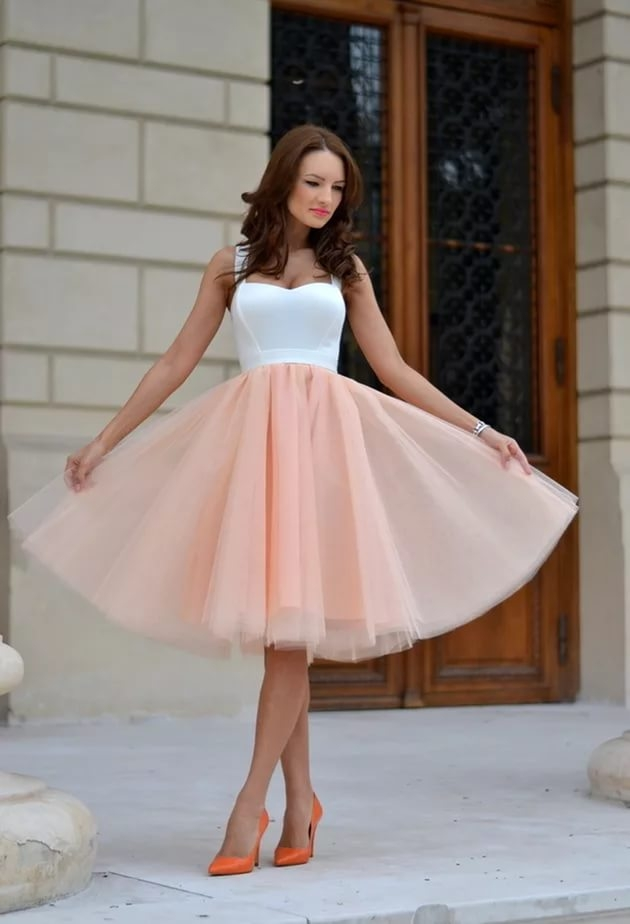 Платье из тюля короткое