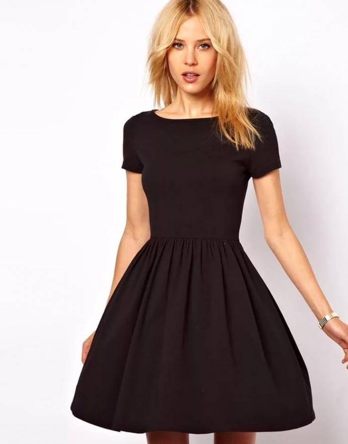 Черные пышные платья до колен