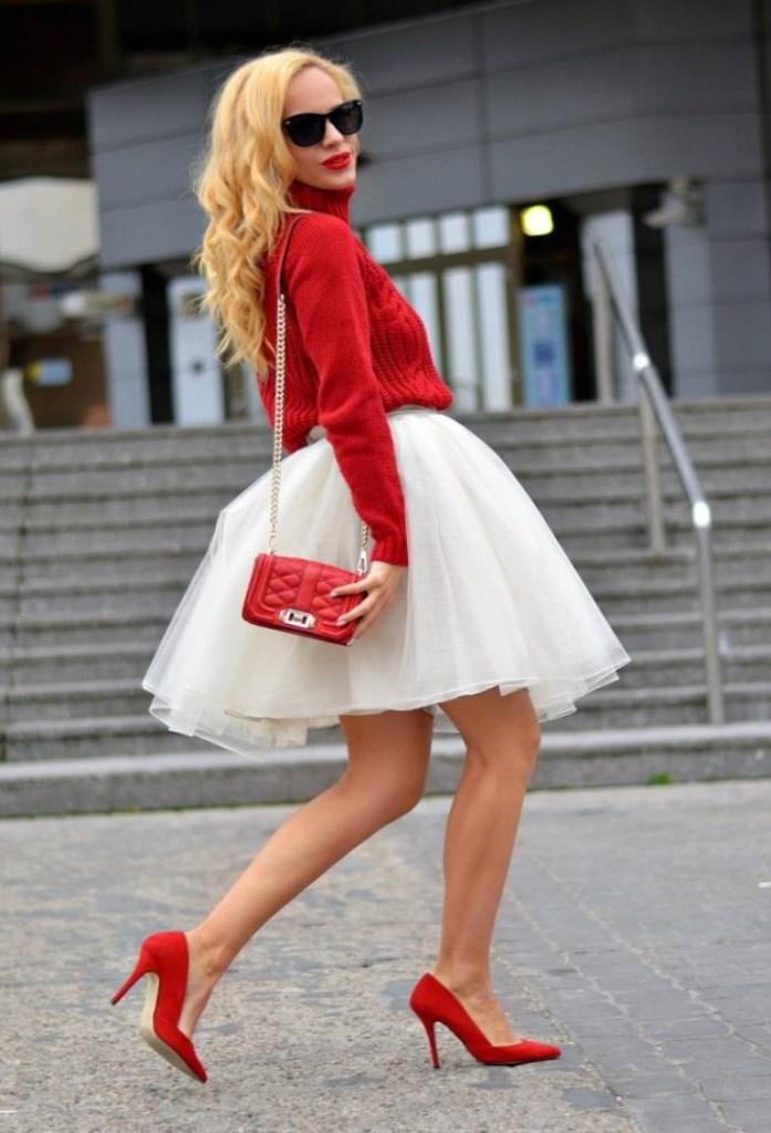 Фото луки с белой юбкой