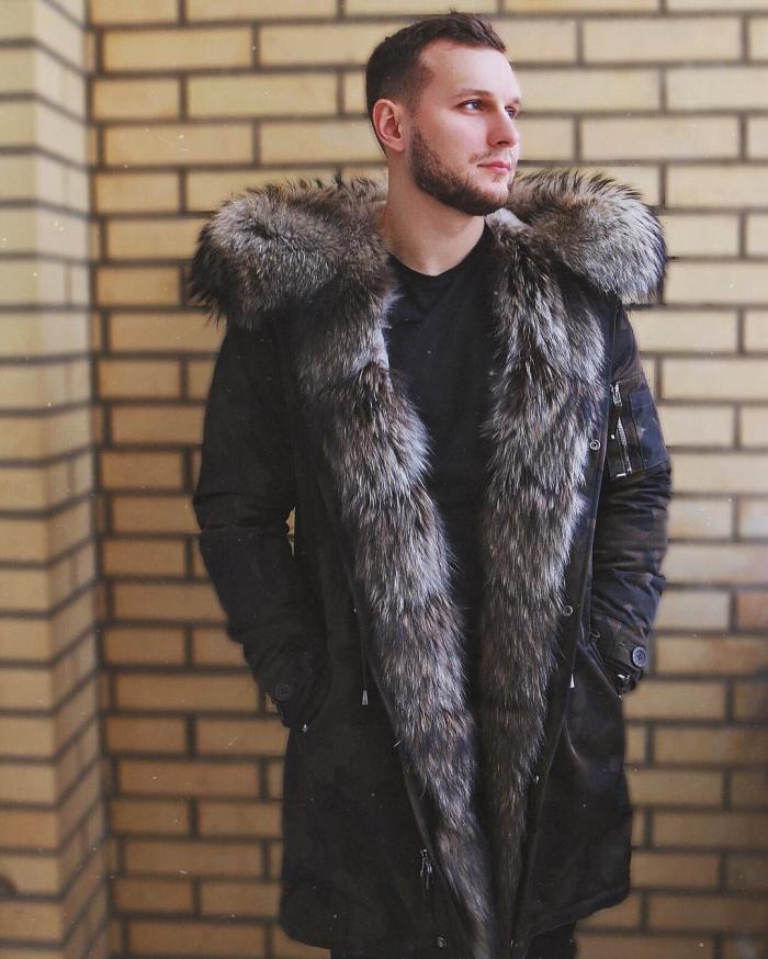 c7d1249727b Модные куртки пошиты из высококачественных материалов и имеют кулиску на  поясе