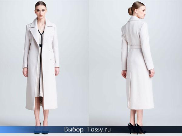 Белое удлиненное двубортное пальто